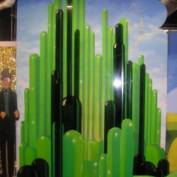 2786 Emerald City